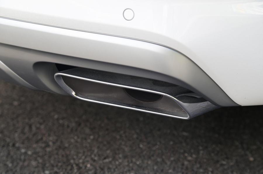Audi Q7 twin exhaust