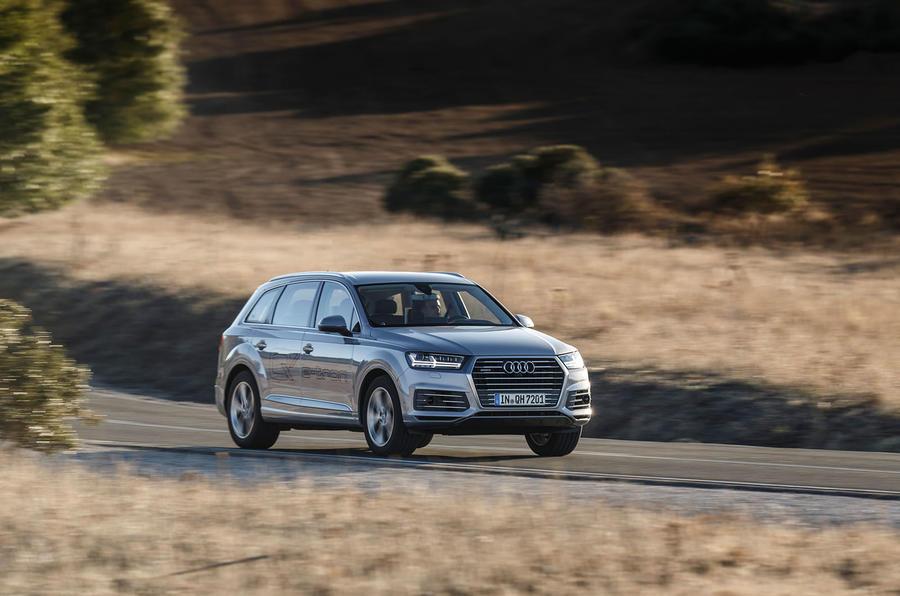 369bhp Audi Q7 e-tron