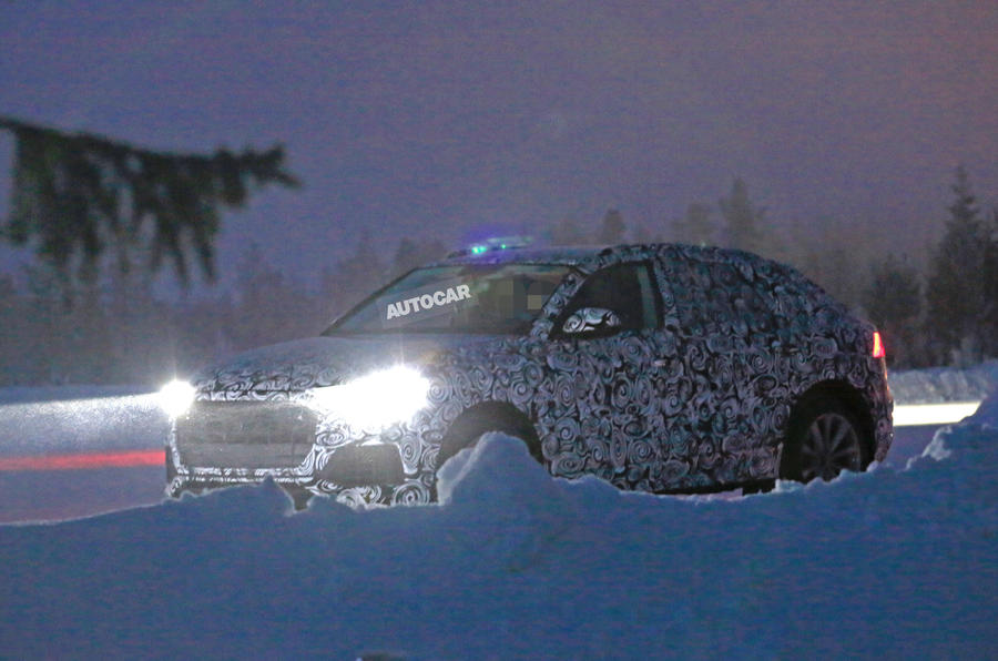 2018 Audi Q8 flagship SUV spotted testing in Scandinavia