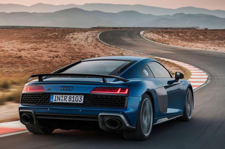 Audi R8 2018 rear corner
