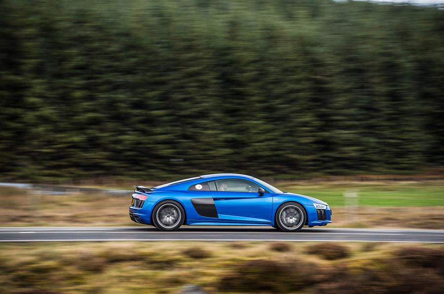 1630kg Audi R8 V10 Plus