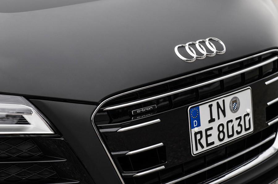 Audi R8 e-tron front grille