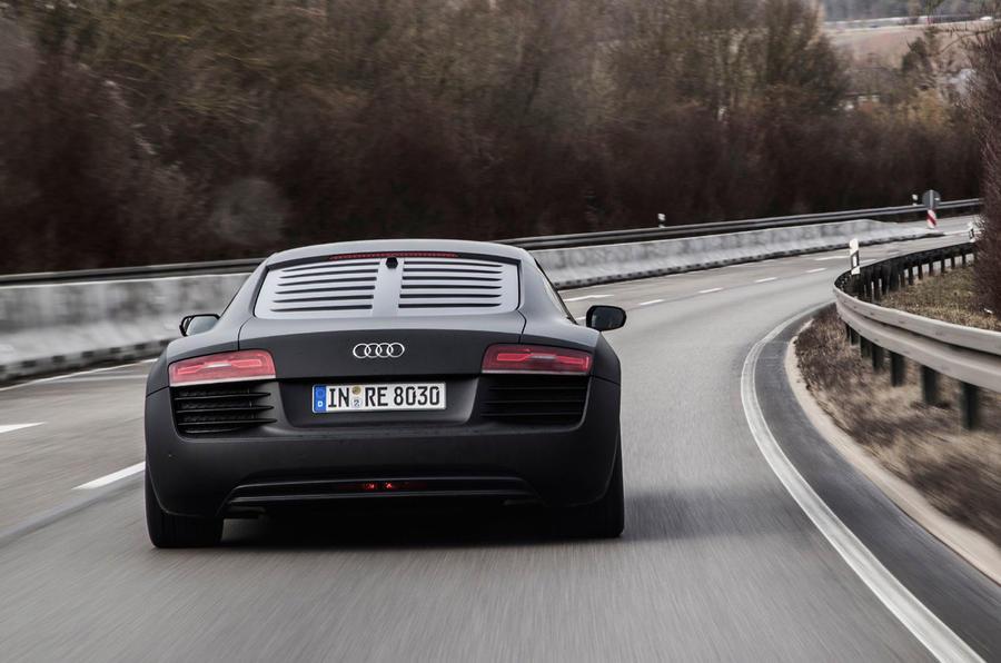 Audi R8 e-tron rear cornering