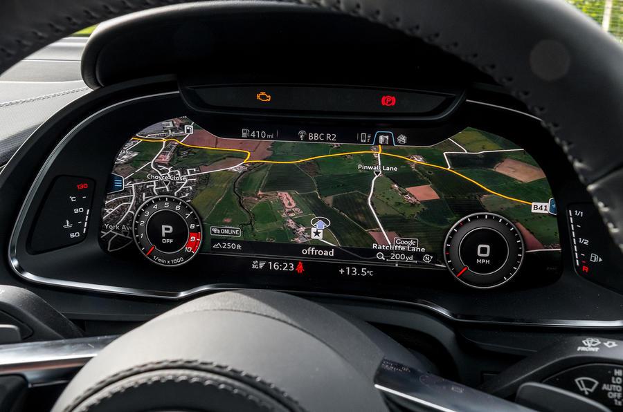 Audi R8 V10 virtual cockpit