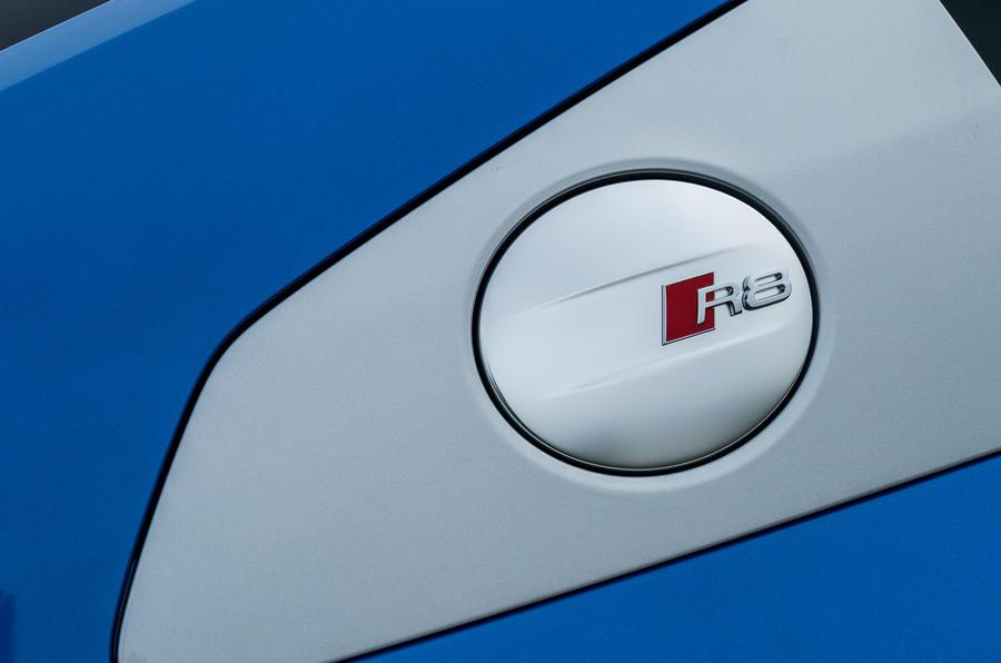 Audi R8 V10 badging