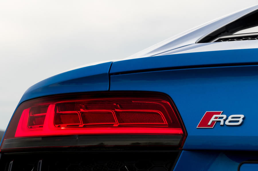 Audi R8 V10 LED brake lights