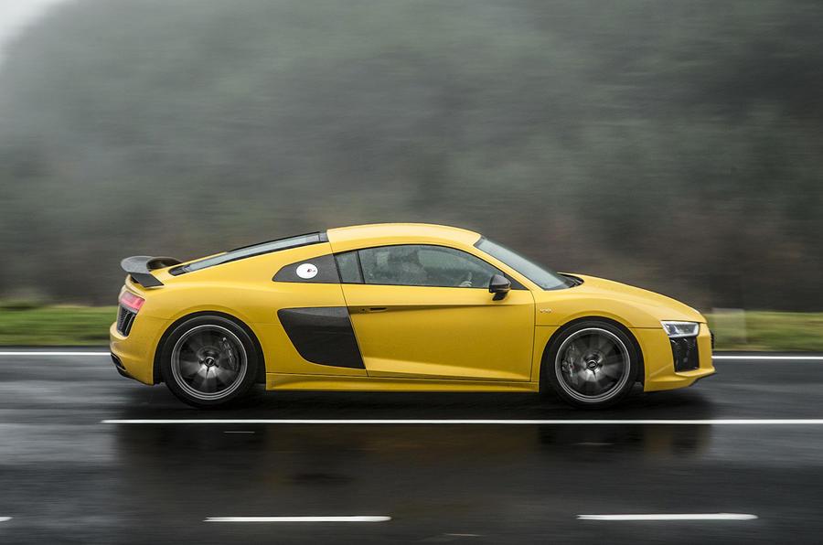 £134,500 Audi R8 V10