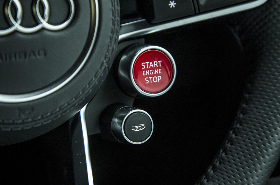 Audi R8 ignition button