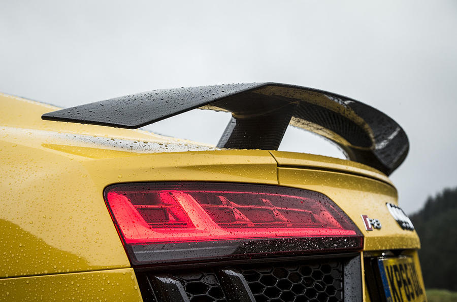 Audi R8 V10 rear spoiler