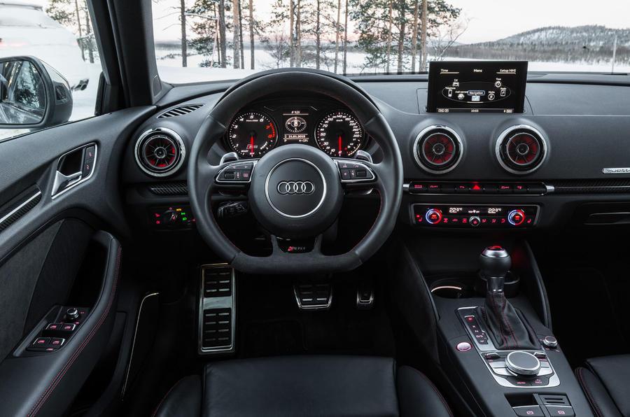Audi RS3 Sportback dashboard