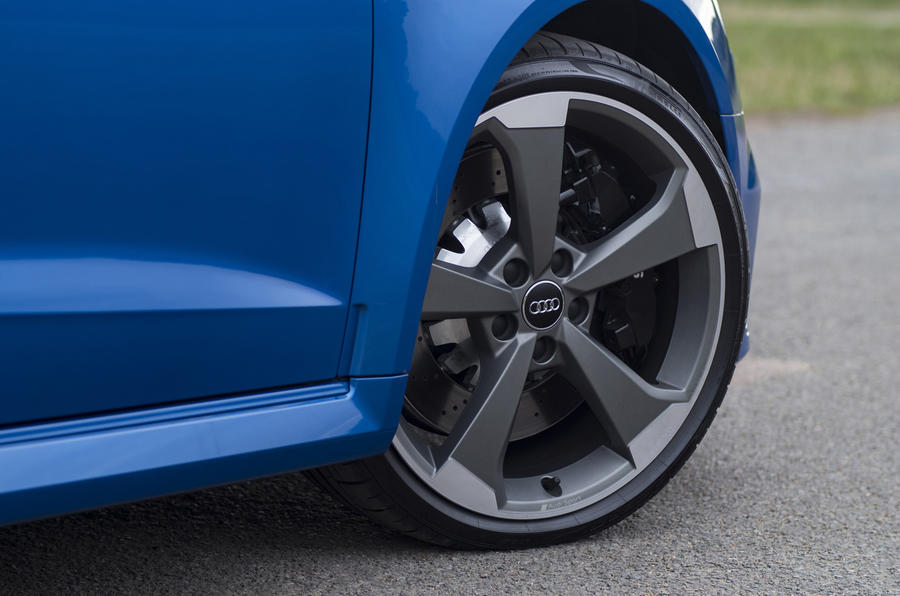 Audi RS3 Sportback alloy wheels