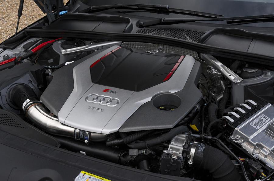 2.9-litre V6 Audi RS4 Avant engine