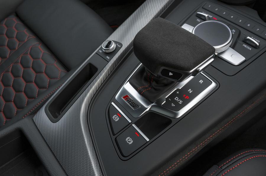 Audi RS4 Avant automatic gearbox