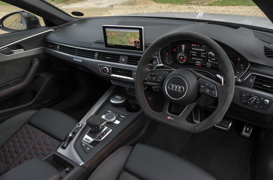 Audi RS4 Avant dashboard