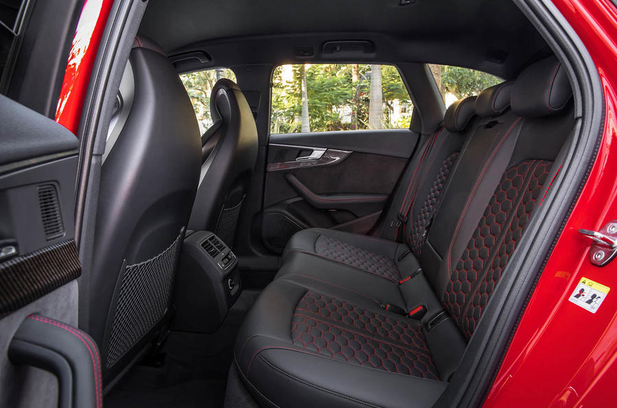 Audi RS4 Avant rear seats