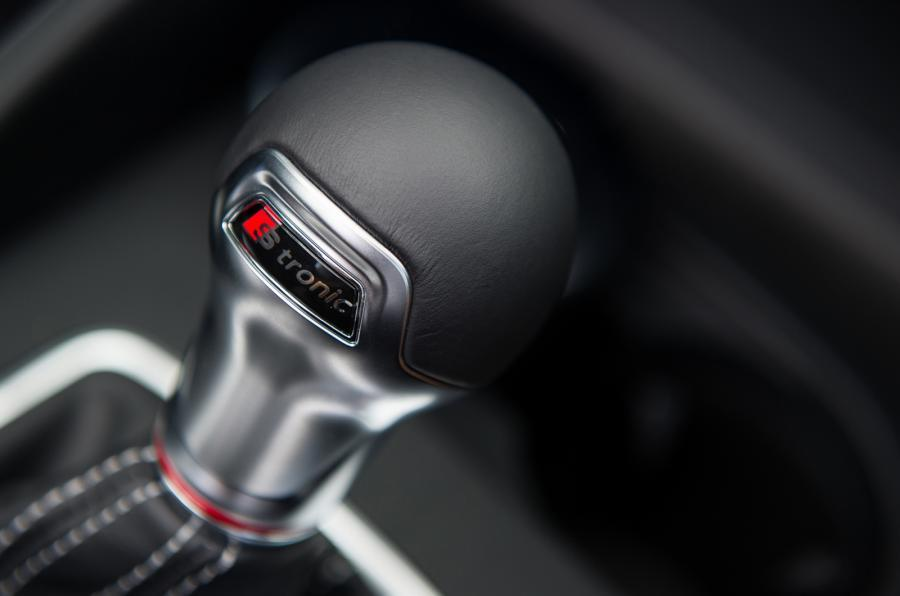 Audi S3 Cabriolet S-tronic gearbox