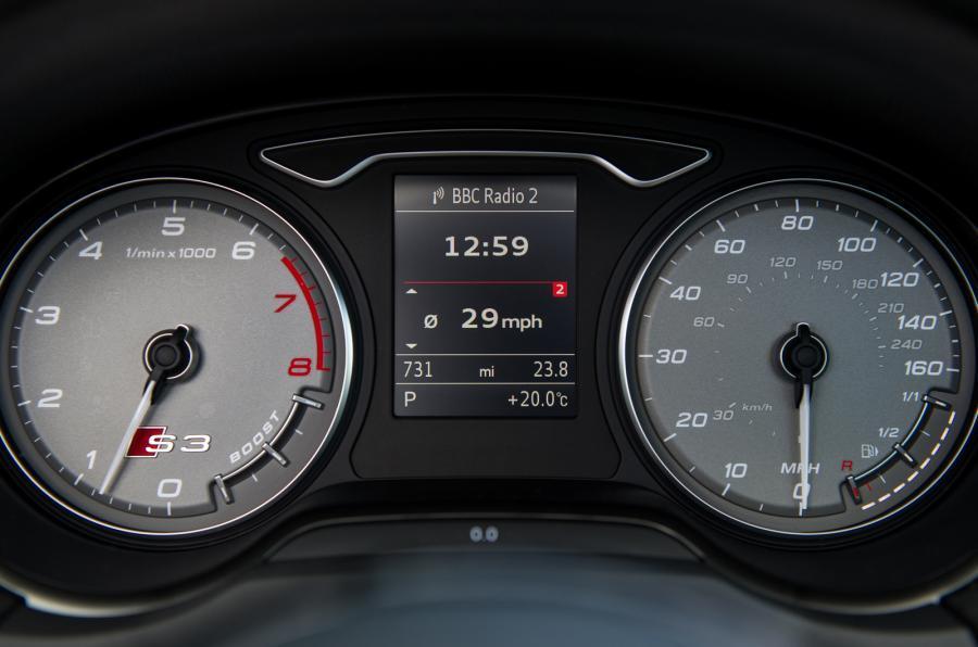 Audi S3 Cabriolet instrument cluster