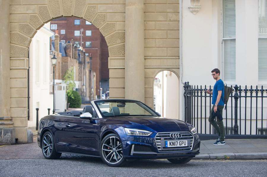 Head turning Audi S5 Cabriolet