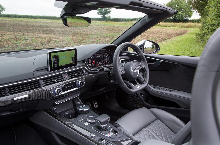 Audi S5 Cabriolet interior