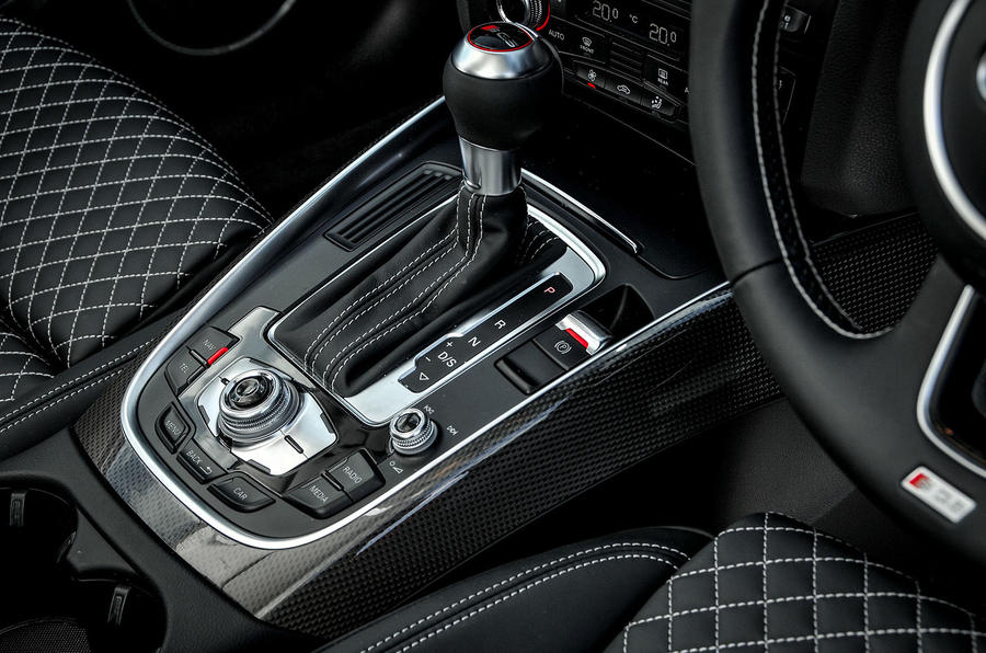 Audi SQ5 Plus 2016 UK review S-Tronic gearbox