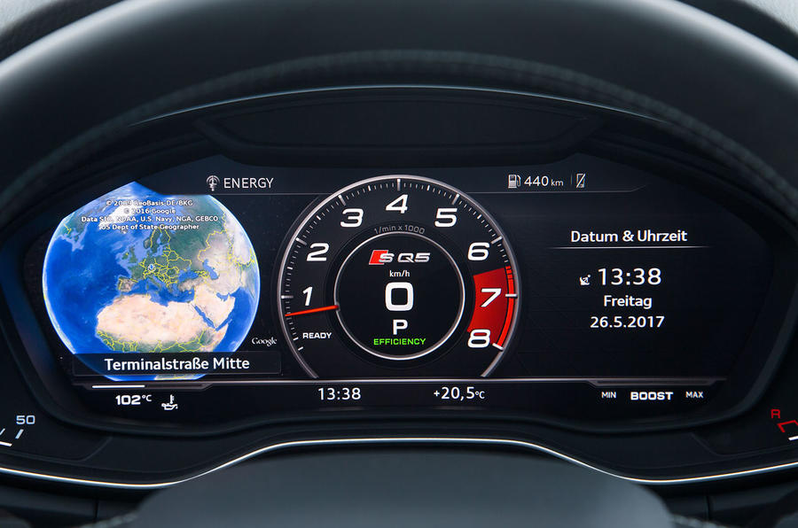 Audi SQ5 digital instrument cluster