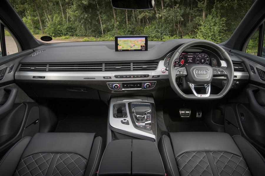 Audi SQ7 dashboard