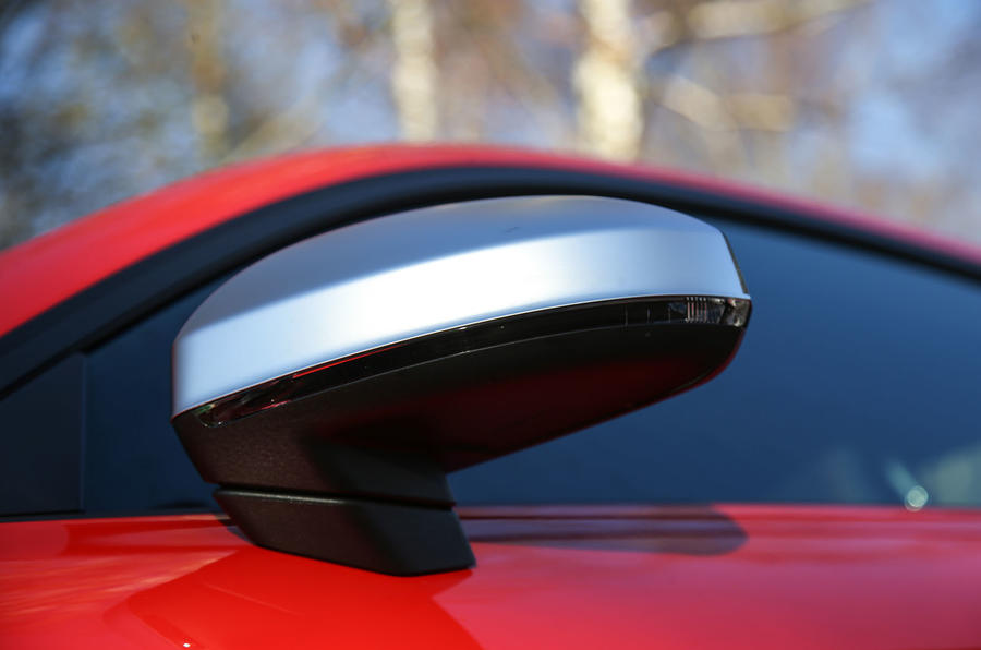 Audi TT RS Coupé wing mirror