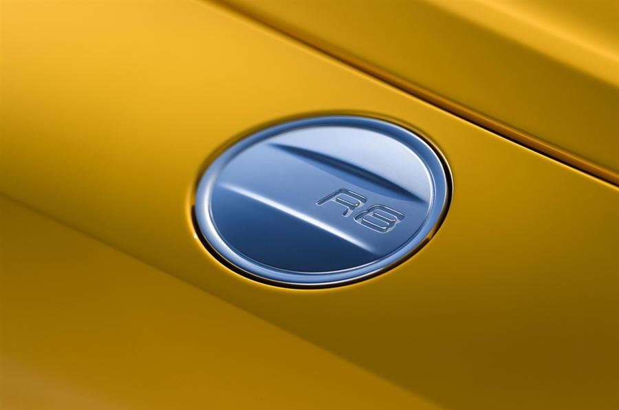 Audi R8 Spyder fuel cap