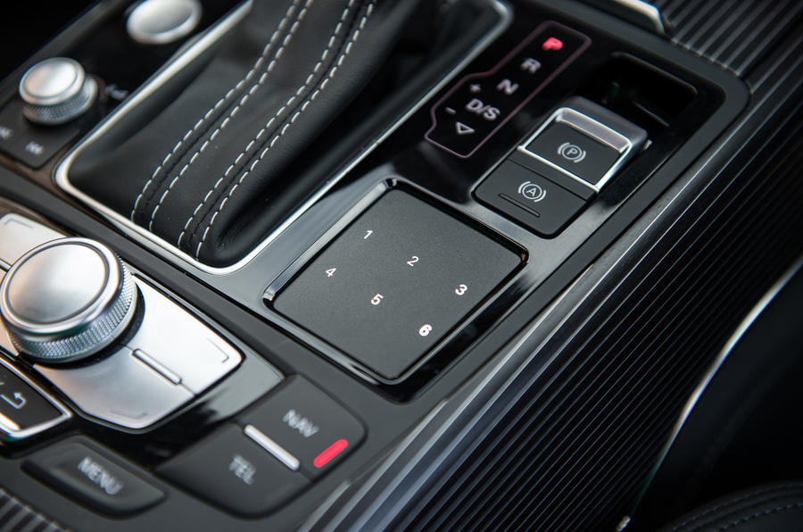 Audi A6 Avant infotainment system