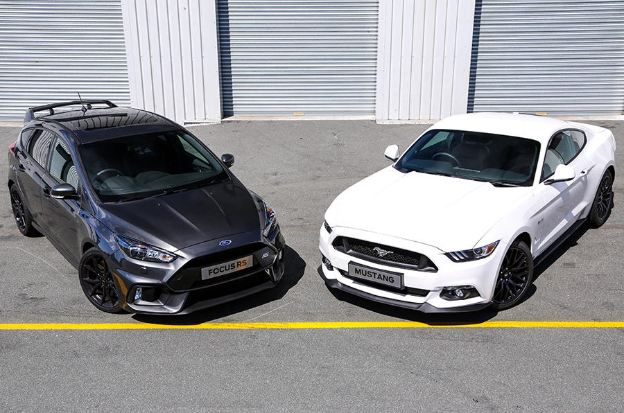 promoted focus rs vs mustang two titans compared. Black Bedroom Furniture Sets. Home Design Ideas