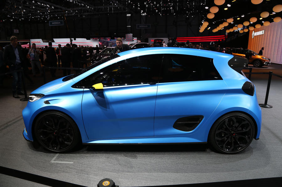 Renault Zoe E-sport hyper hatch is revealed at Geneva sporting 456bhp