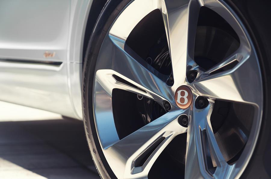 2019 Bentley Bentayga Hybrid - alloy wheel