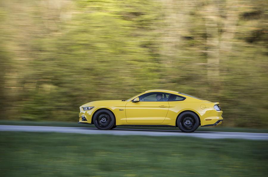 1720kg Ford Mustang 5.0 V8 Fastback