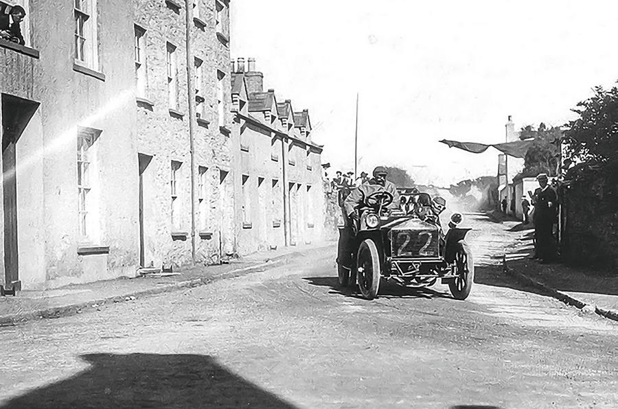 Car racing on the Isle of Man