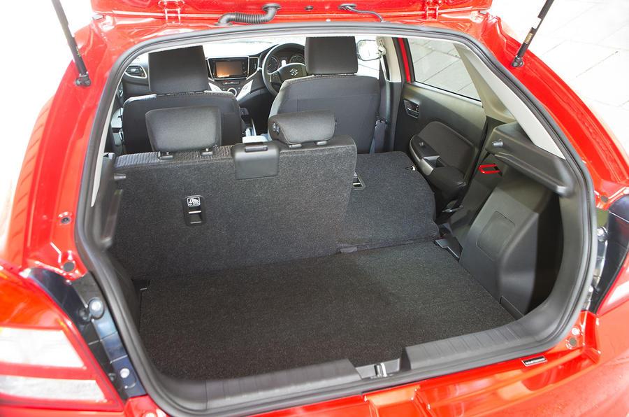Suzuki Baleno boot space