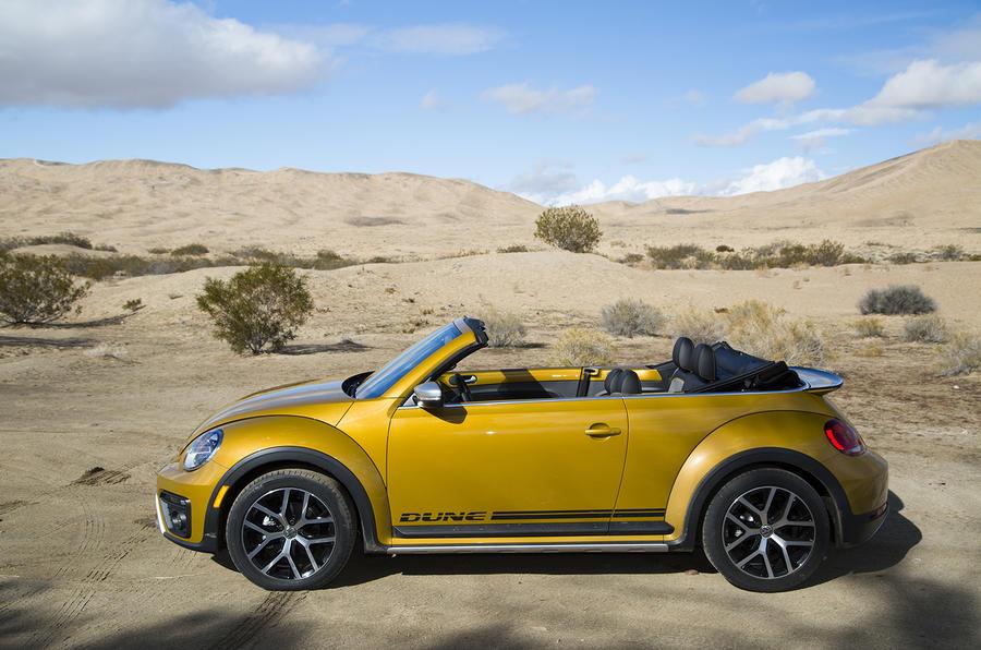 Volkswagen Beetle Dune in the desert