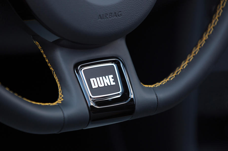 Volkswagen Beetle Dune badging