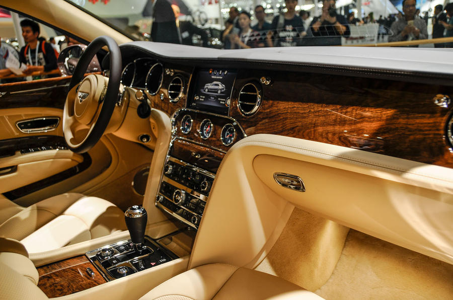 2018 bentley mulsanne interior. contemporary mulsanne bentley mulsanne first edition makes world debut in beijing throughout 2018 bentley mulsanne interior 2