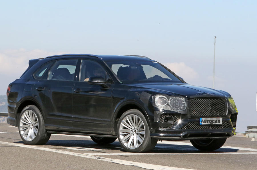 Bentley Bentayga facelift prototype spy shot - front