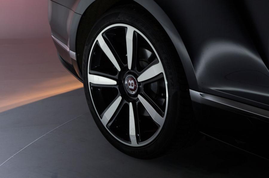 Bentley Continental V8