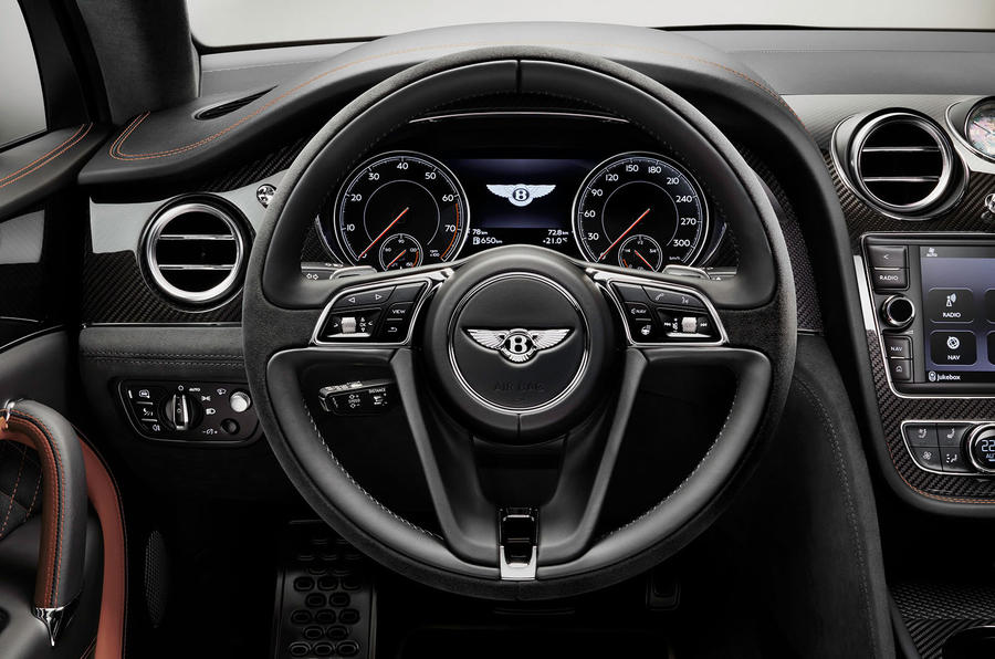 Bentley Bentayga Speed driving wheel