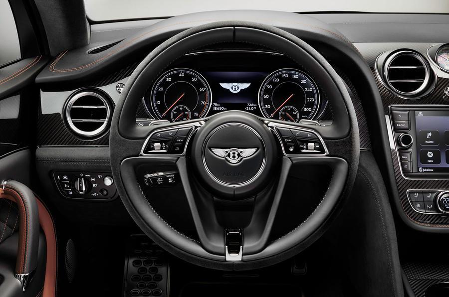 Bentley Bentayga Speed driving wheel