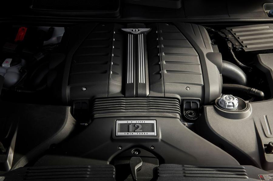 Bentley Bentayga Speed engine