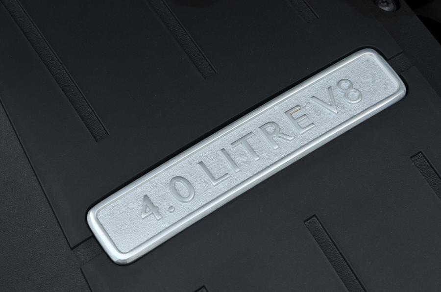 Bentley Flying Spur 4.0-litre V8 plaque