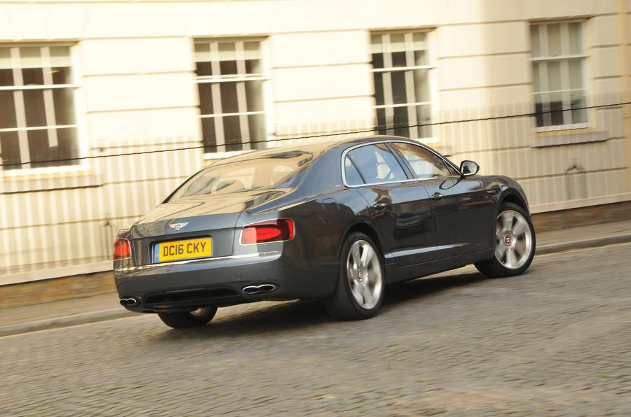 Bentley Flying Spur V8S rear cornering