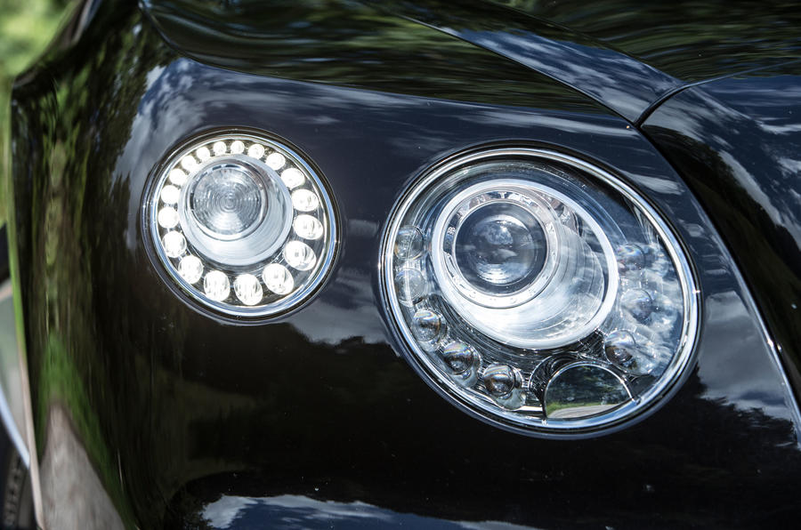 Bi-xenon Bentley Continental GT headlights