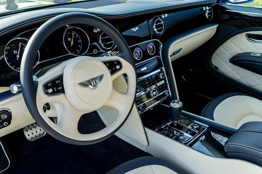 Bentley Mulsanne Speed dashboard