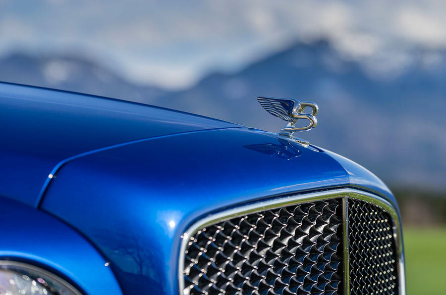 Bentley Mulsanne flying B