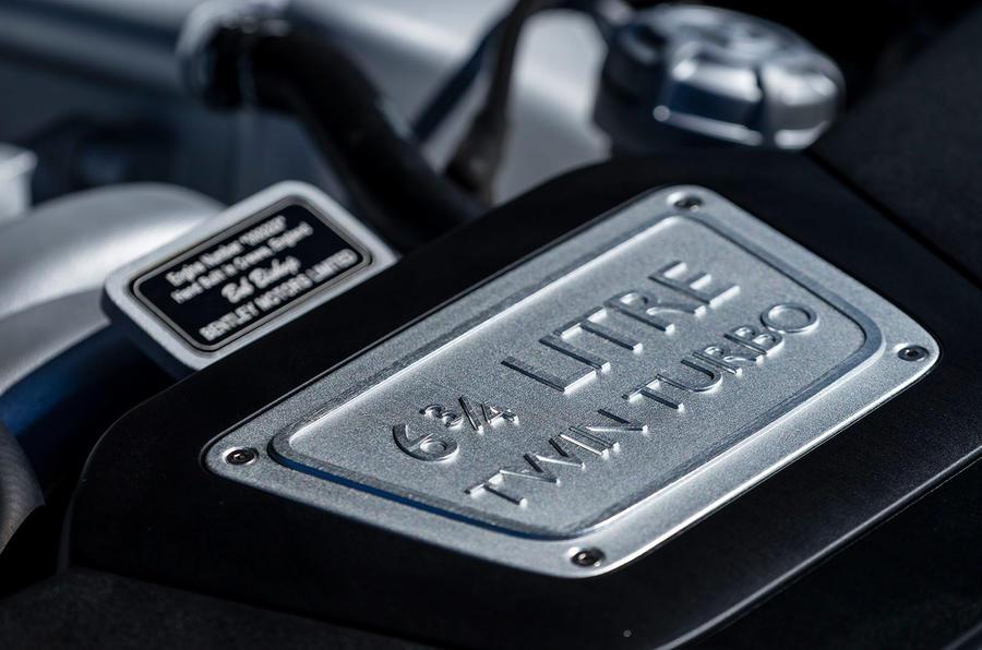 6.75-litre V8 engine plaque