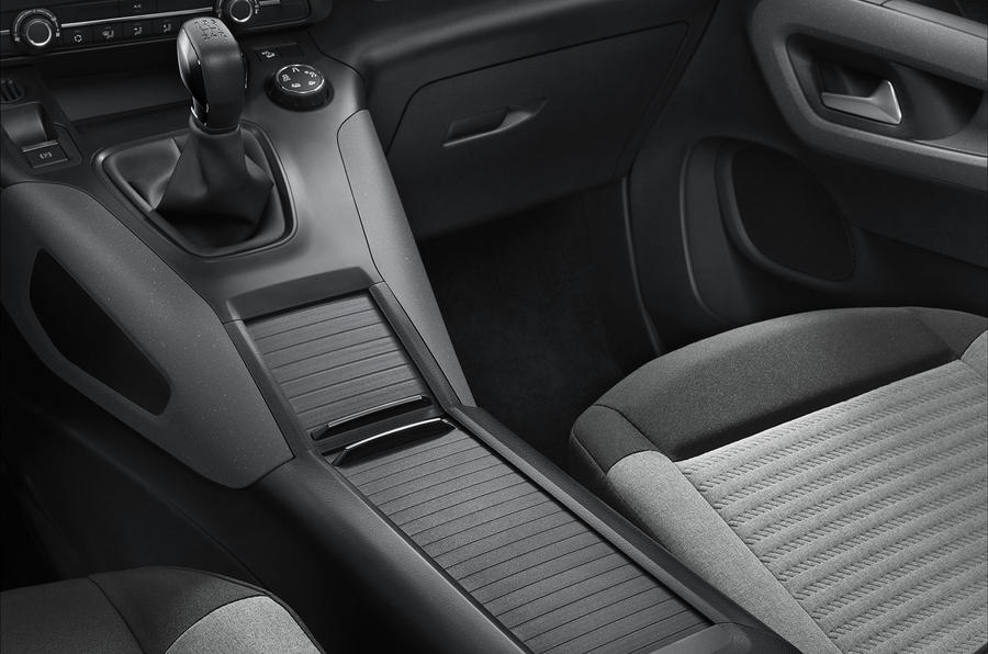 Citroen Berlingo 2018 first drive review centre console